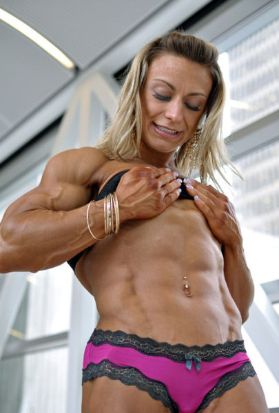bodybuilding_makes_women_look_like_men_640_03