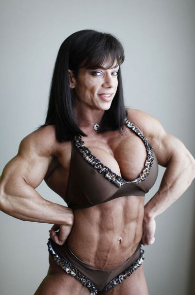 bodybuilding_makes_women_look_like_men_640_07
