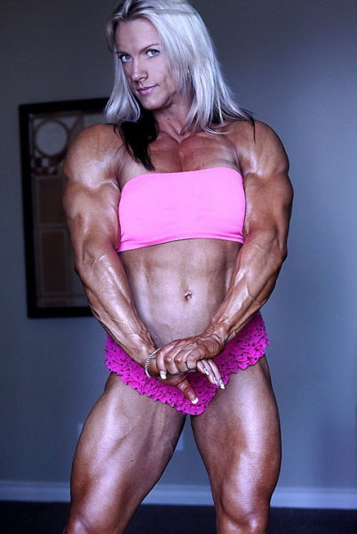 bodybuilding_makes_women_look_like_men_640_09