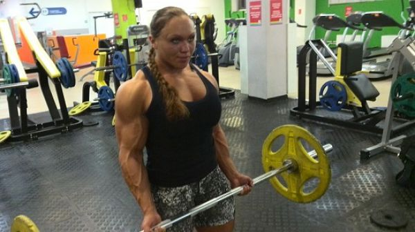 bodybuilding_makes_women_look_like_men_640_13