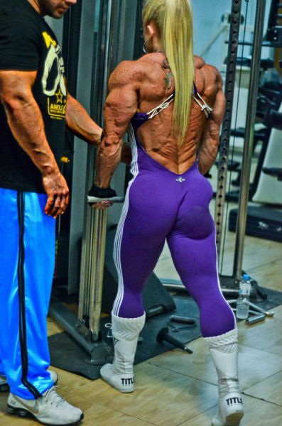 bodybuilding_makes_women_look_like_men_640_19